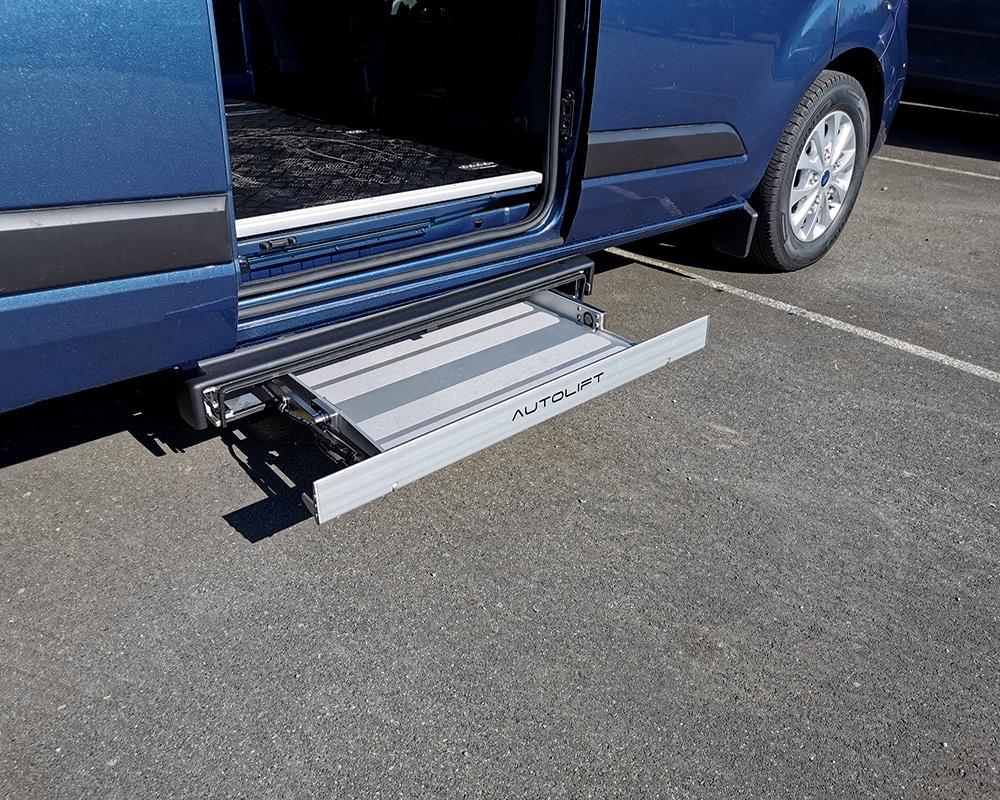 Ford transit custom avec chargeur de fauteuil