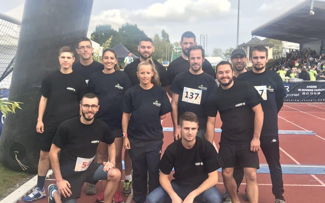 Départ Marathon Gwladys équipes Sojadis et Garage Humeau