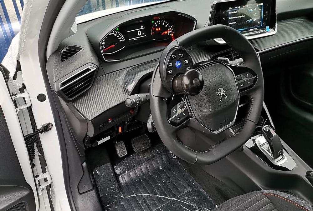 Adaptation handicap sur Peugeot 208