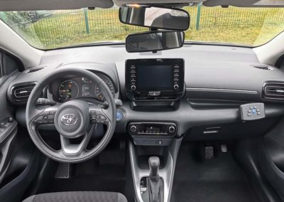 Aménagement auto-école sur Toyota Yaris hybrid
