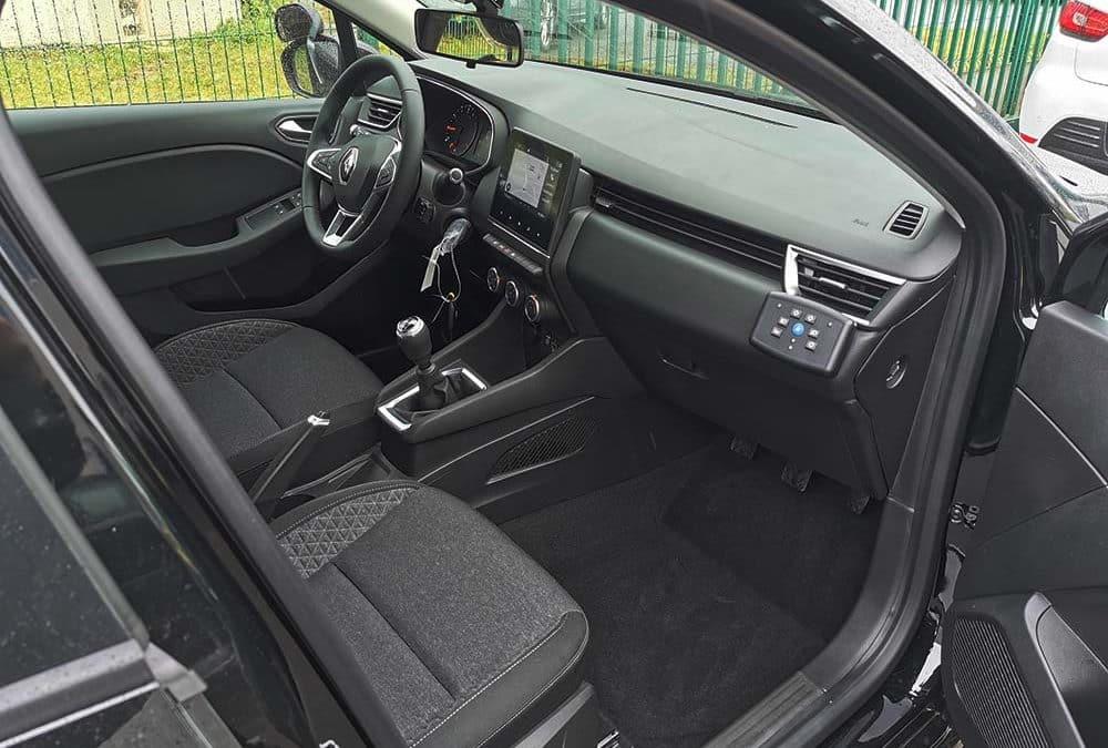 Transformation auto-école sur Renault Clio V