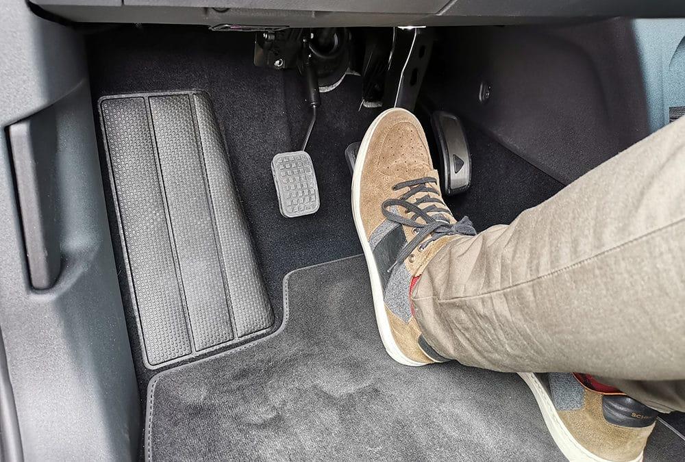 Installation d'un accélérateur au pied gauche sur Volkswagen ID.3