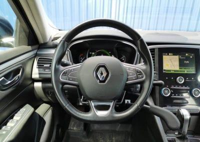 Accélérateur et frein au volant sur Renault Talisman
