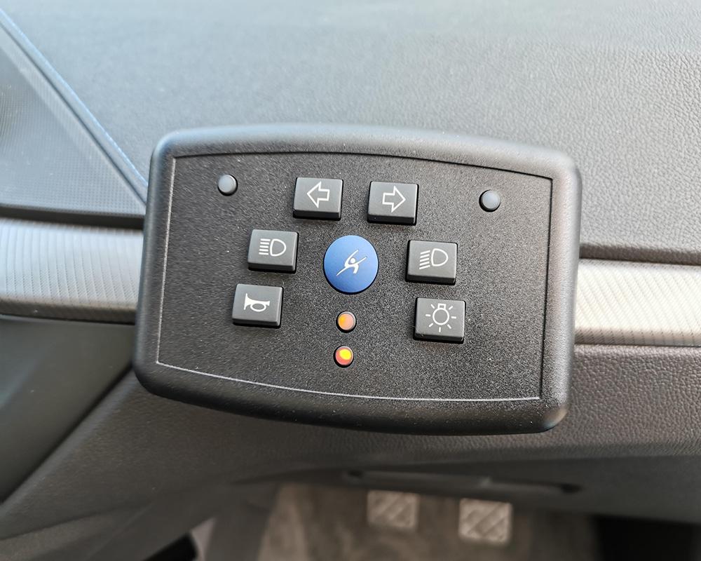Auto Ecole BMW Serie I F40