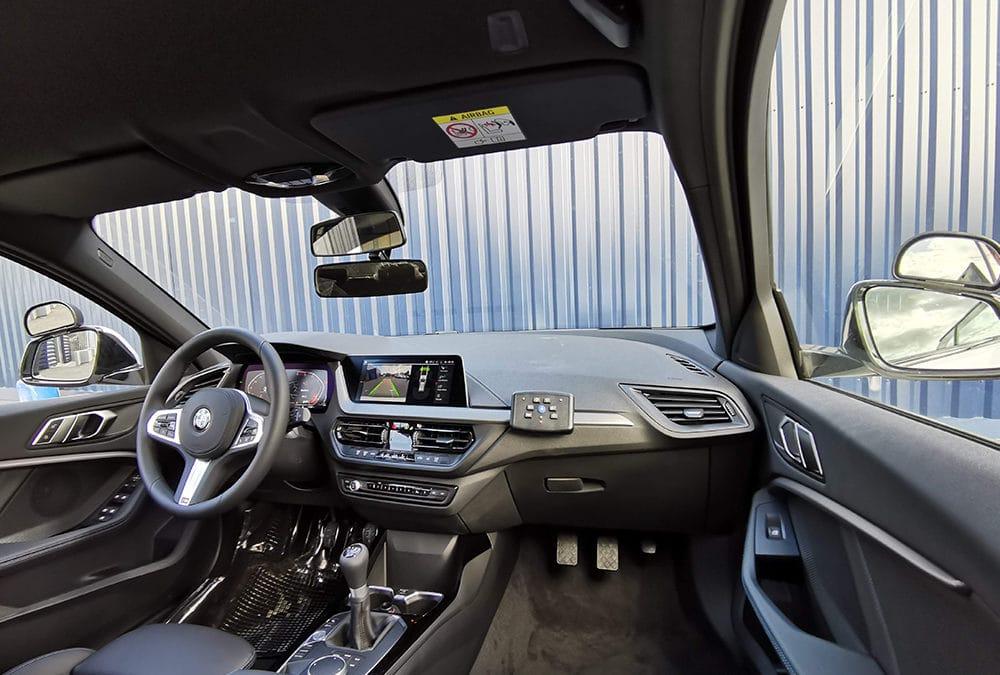 Aménagement auto-école sur BMW Série I F40