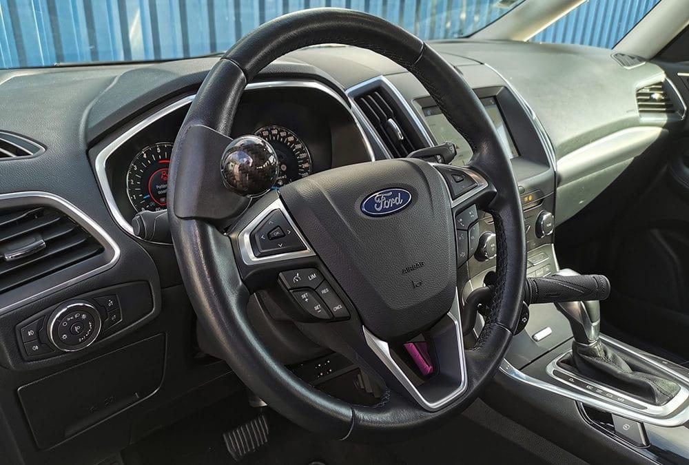 Aménagement accélérateur au volant sur Ford Galaxy