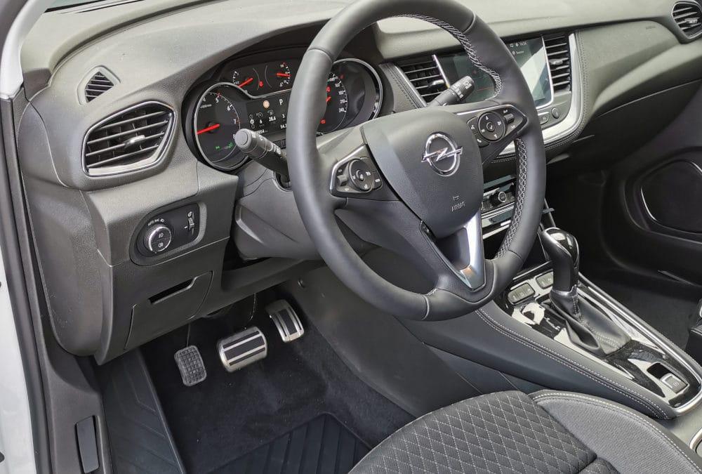 Adaptation d'un accélérateur pied gauche sur Opel Grandland X