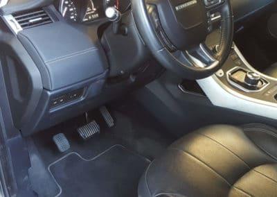 Installation d'un accélérateur pied gauche sur Range Rover Evoque