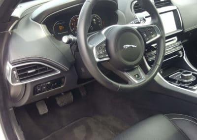 Aménagement d'un accélérateur pied gauche sur Jaguar XE