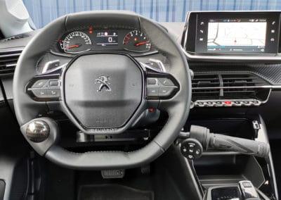 Installation de commandes au volant sur Nouvelle Peugeot 208