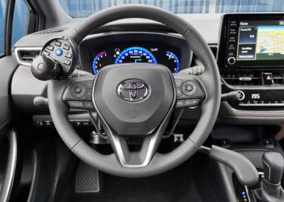 Adaptation de commandes au volant sur Toyota Corolla