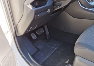 Aménagement d'un accélérateur pied gauche sur Toyota Rav4 Hybrid