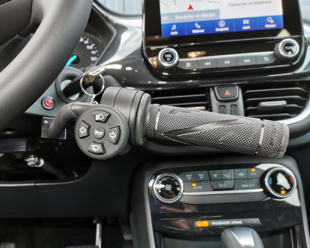 accélérateur au volant handicapé poignée moto ford puma