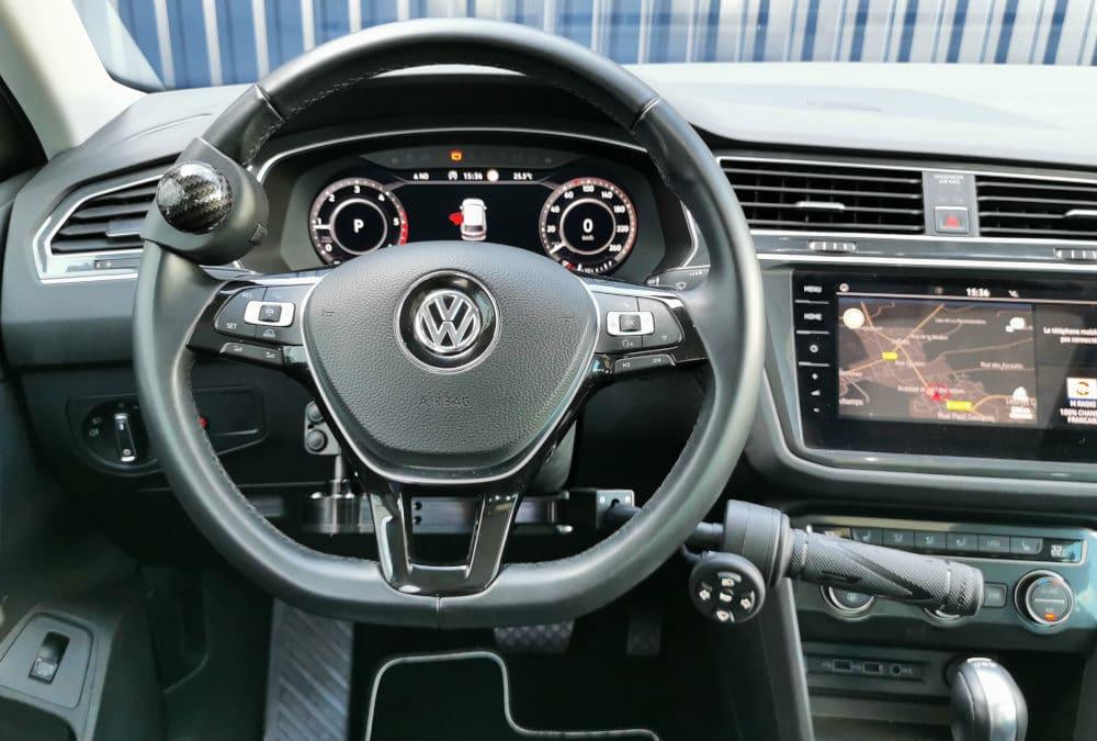 Installation de commandes au volant sur Volkswagen Tiguan
