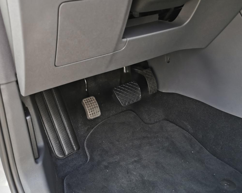 accelerateur pied gauche