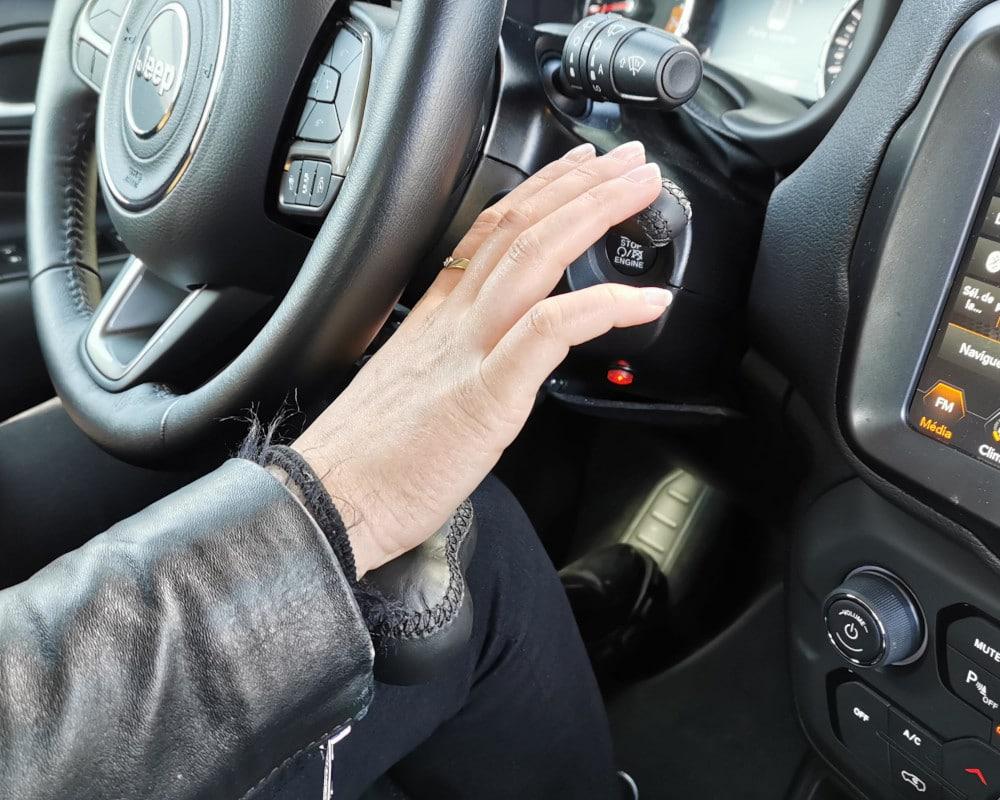acceleration et freinage au volant jeep renegade
