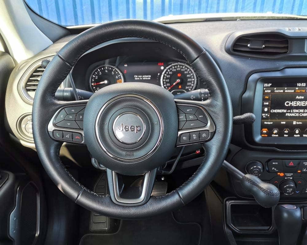aide a la conduite accelerateur volant et frein jeep renegade