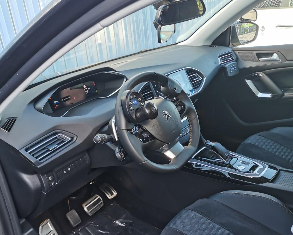 auto-ecole adaptee conduite handicap peugeot 308
