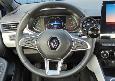 Aménagement d'une boule au volant sur Renault Clio IV