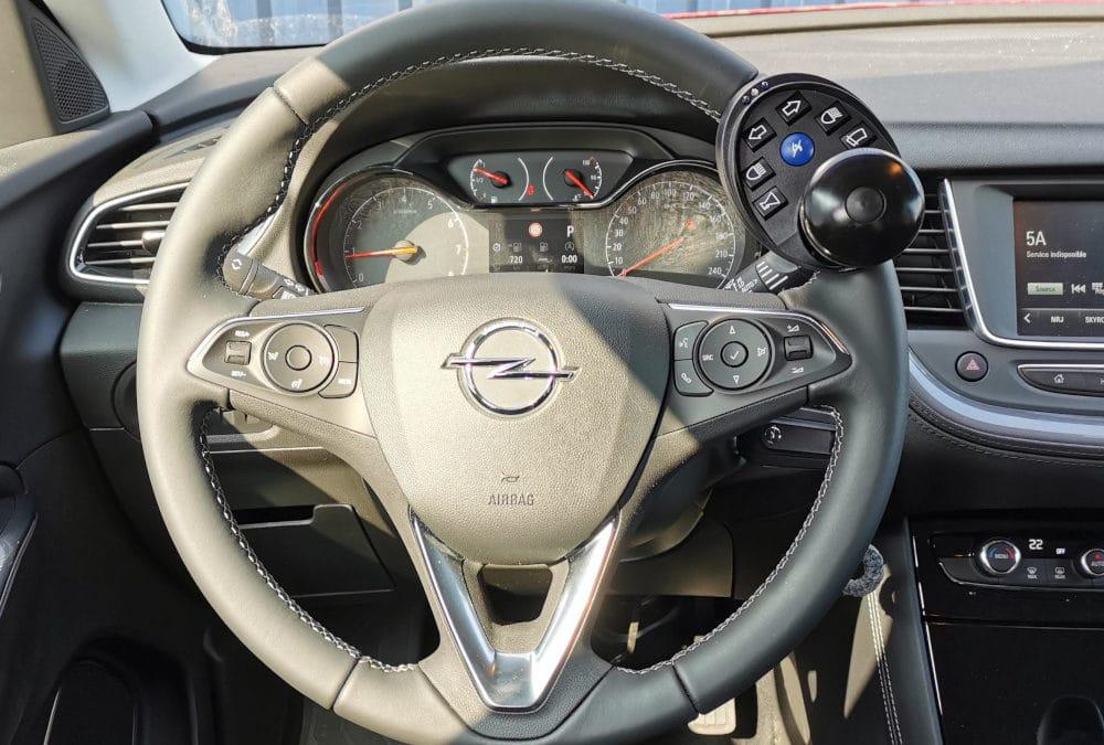 Adaptation d'une boule au volant sur Opel Grandland X