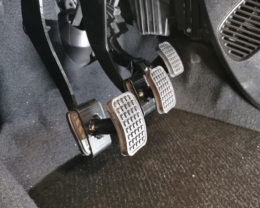 conduite adaptee pedale handi