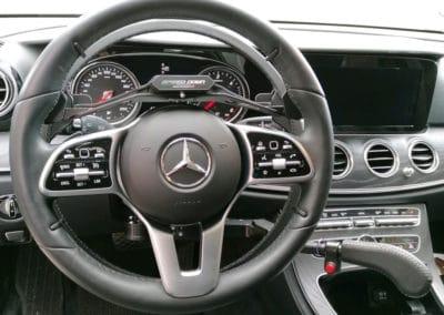 Adaptation de commandes au volant sur Mercedes Classe E