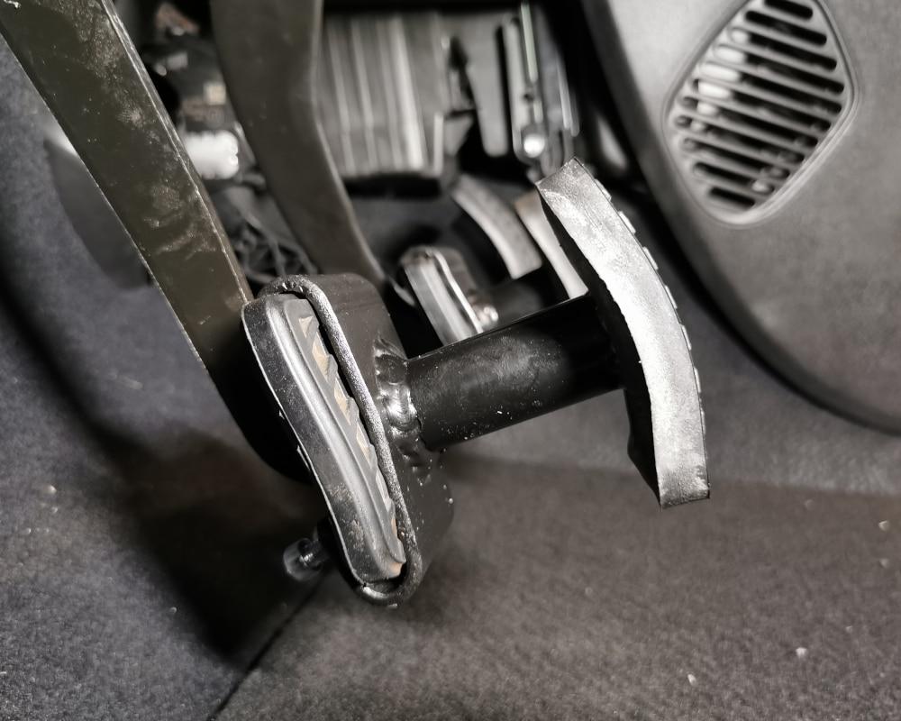 rehausse pedales c1