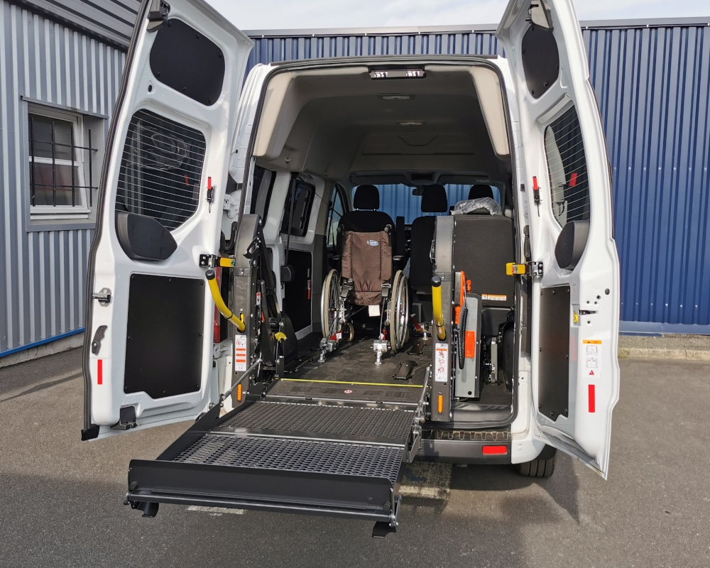 transformation TPMR ford transit custom hayon elevateur